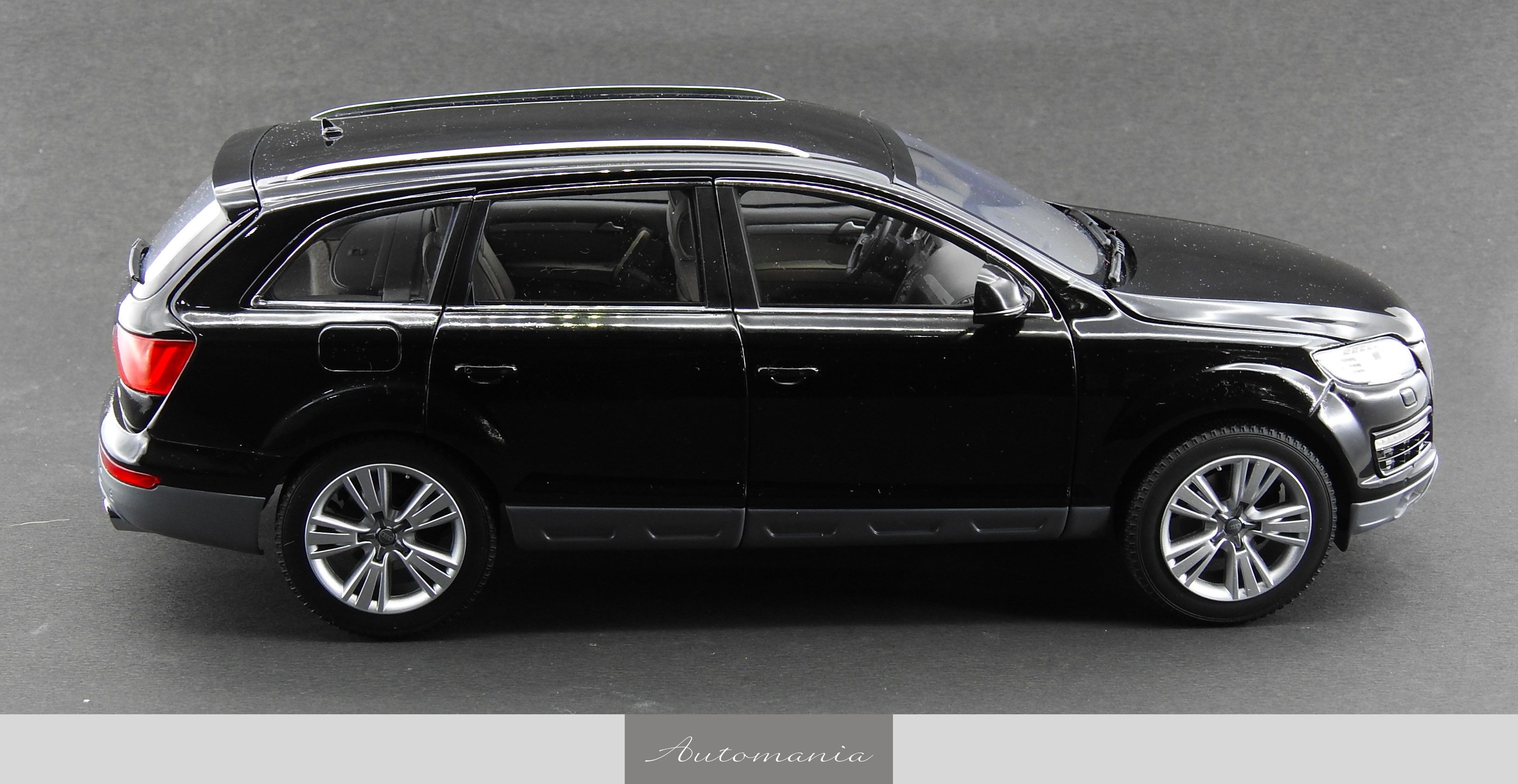 bentley mulsanne kahn with Audi Q7 Facelift Night Black on Bentley Mulsanne Mulliner 2013 Wallpaper Ds11 I4575 further The Coolest Cars From The 2016 Geneva Motor Show additionally 847 Amg Sport Line Conversion 2017 as well How To Draw A Giraffe Step By Step moreover Casas En Venta En Cuenca Ecuador 2014.