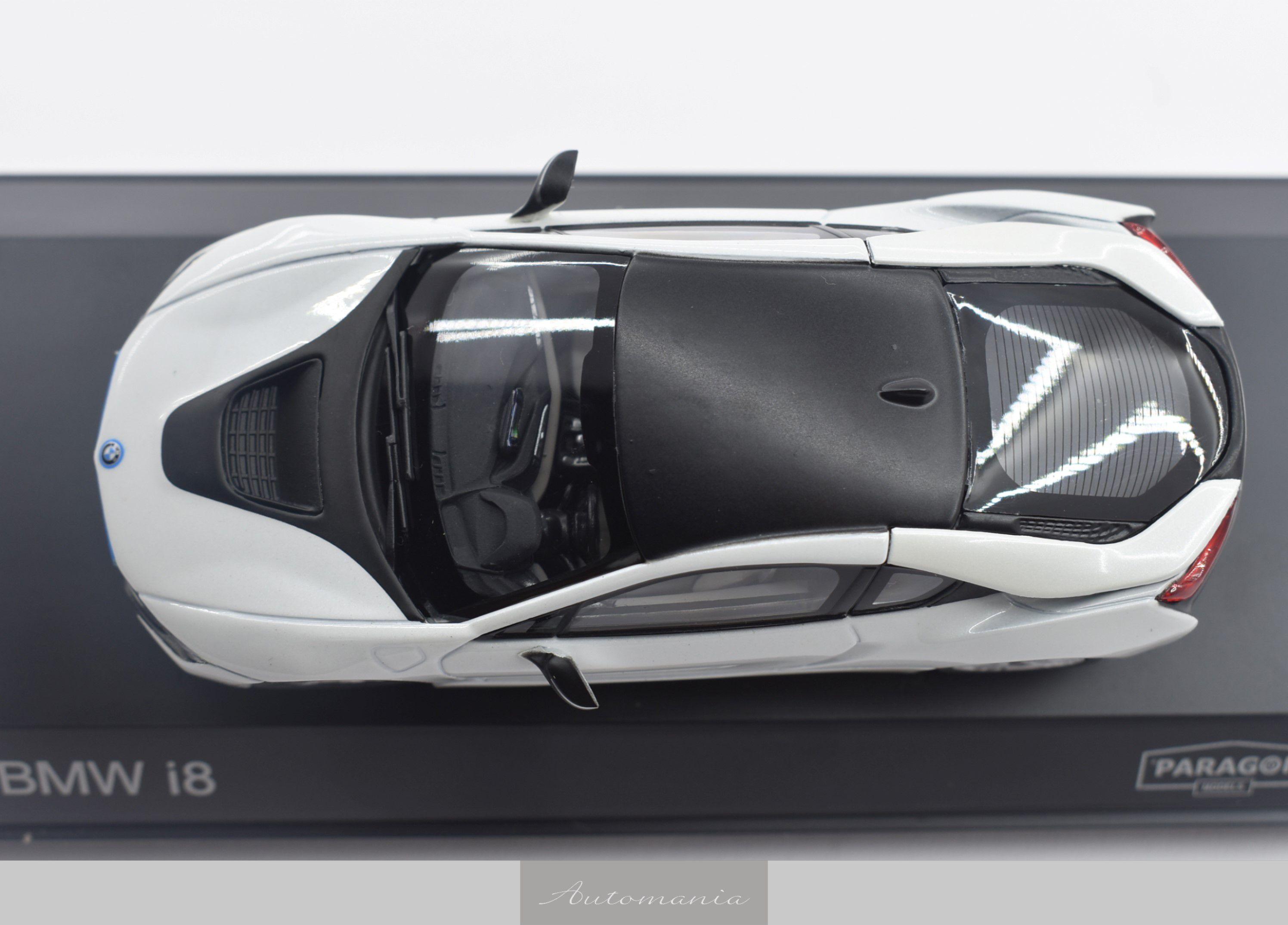 BMW I8 Crystal White + Frozen Grey